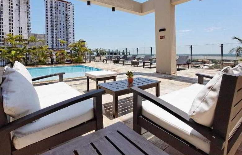 Crowne Plaza Asuncion - Pool - 25