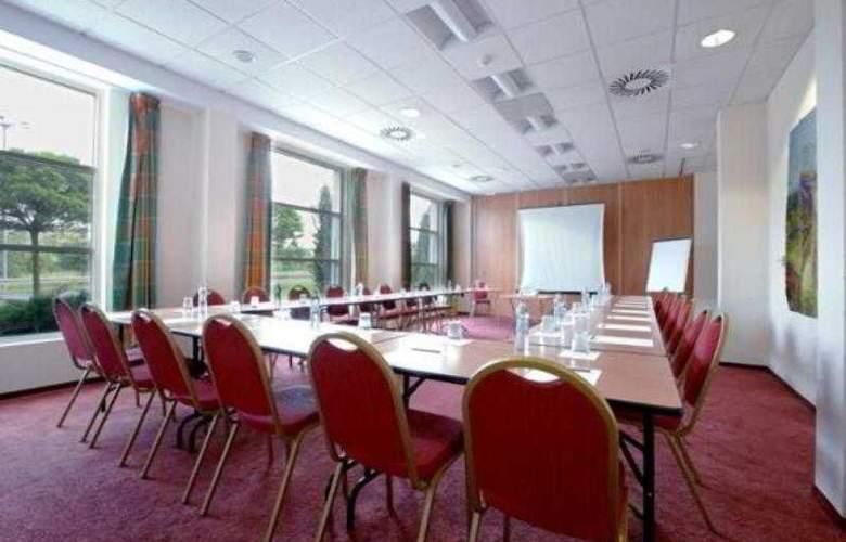 Campanile Poznan - Hotel - 5