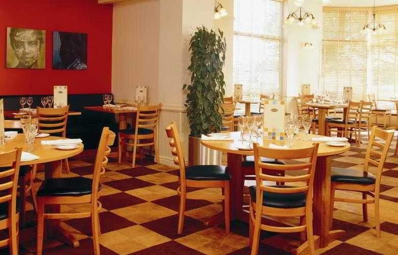 Holiday Inn Basingstoke - Restaurant - 5