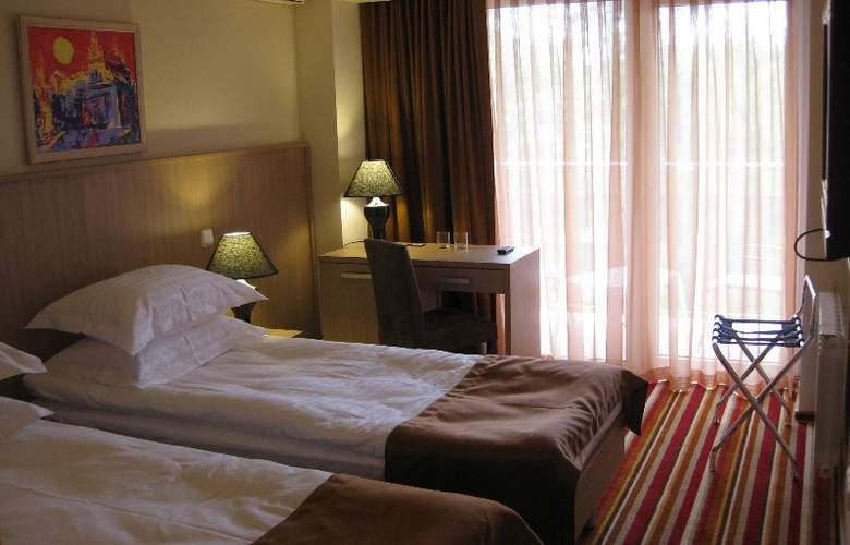 Puscha Congress - Hotel - 4