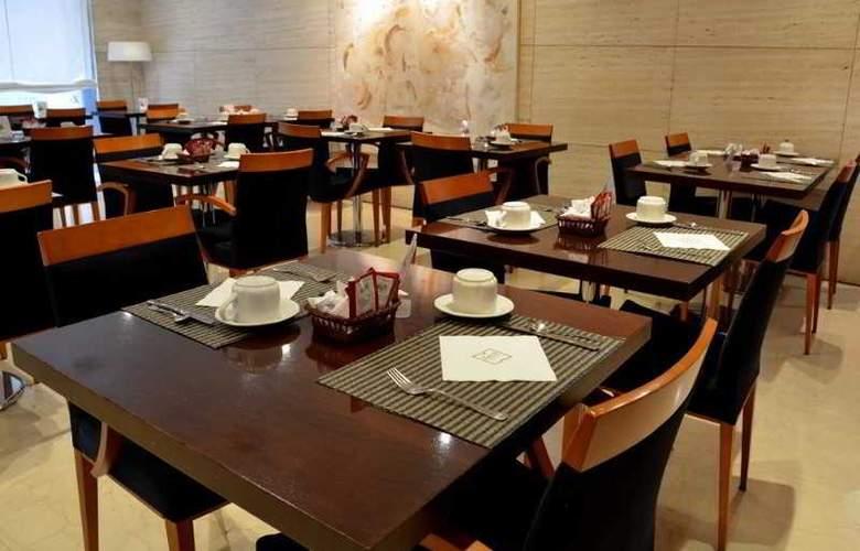 Zenit Malaga - Restaurant - 37