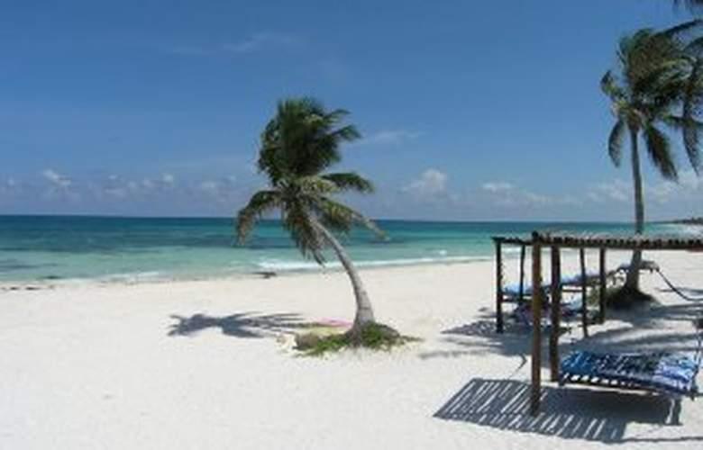 Hemingway Romantiecoresort - Beach - 5