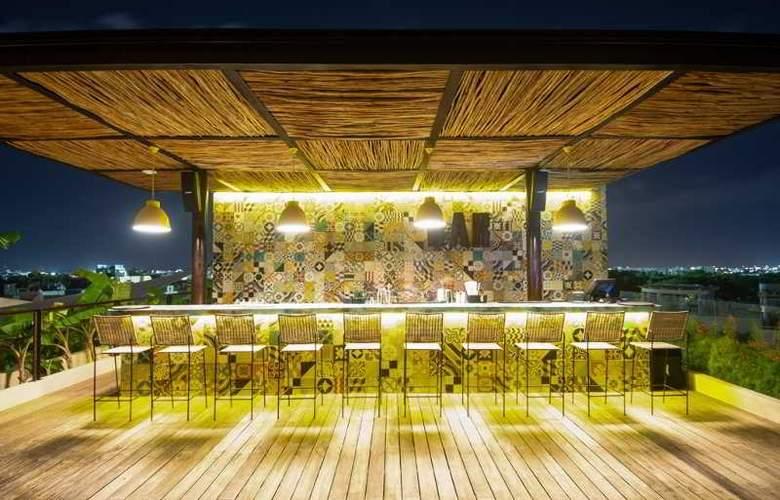 Live Aqua Boutique Resort Playa del Carmen - Bar - 17