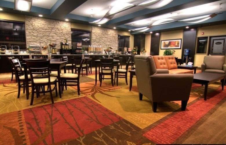 Best Western Plus The Inn At St. Albert - Restaurant - 138