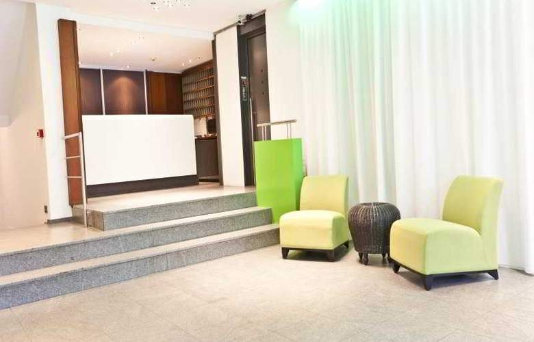 Hotel Siru - General - 1