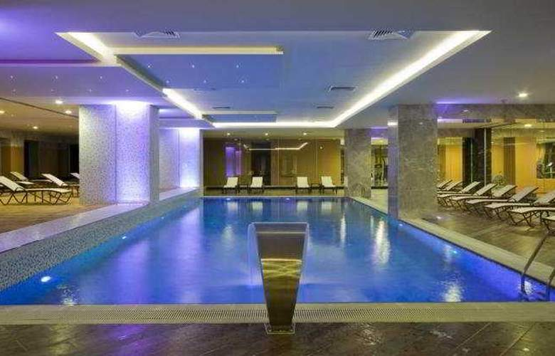 Green Park Hotel Pendik & Convention Centre - Pool - 7