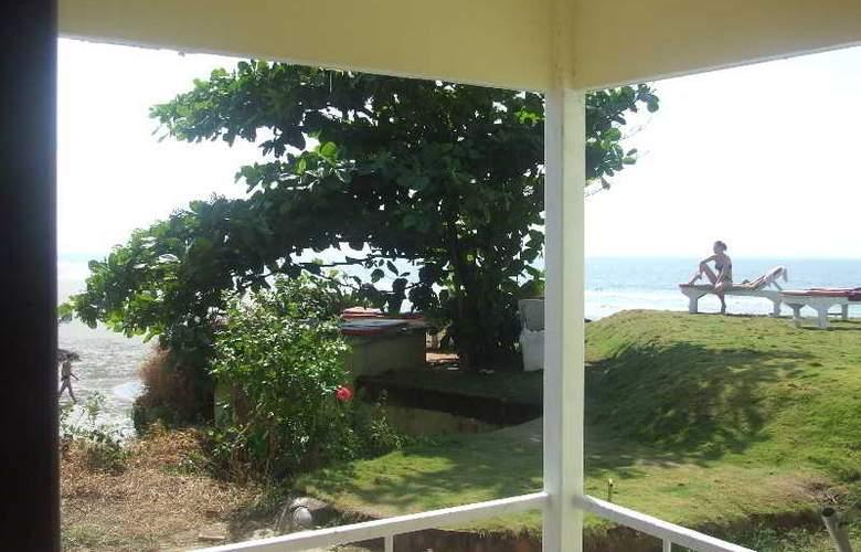 Rococco Ashvem - Beach - 10