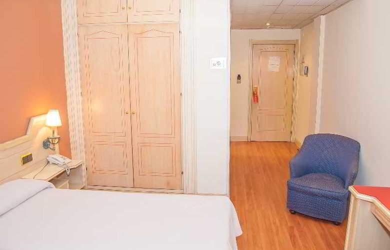 Ana María - Room - 1