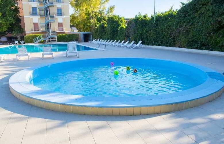 Dei Pini - Pool - 2
