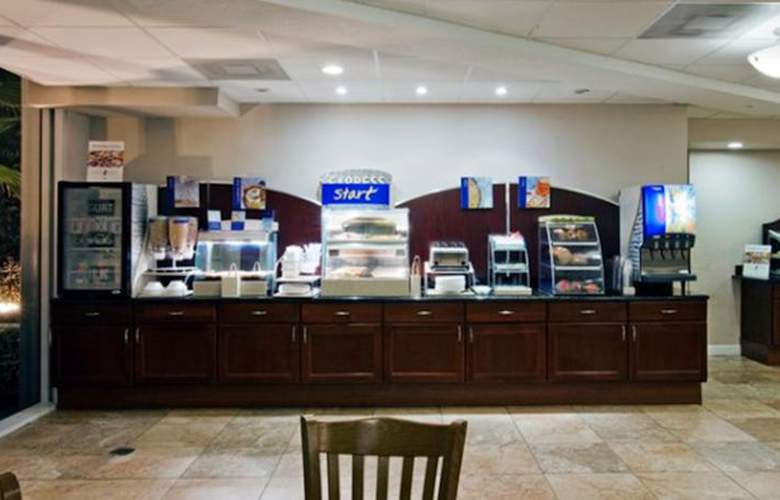 Holiday Inn Express Westpalm Metrocentre - Meals - 4