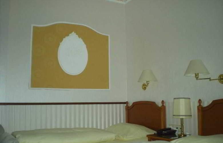 Rheinischer Hof - Room - 10