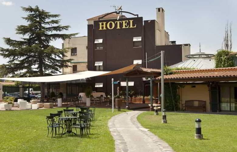 Don Carlos - Hotel - 1