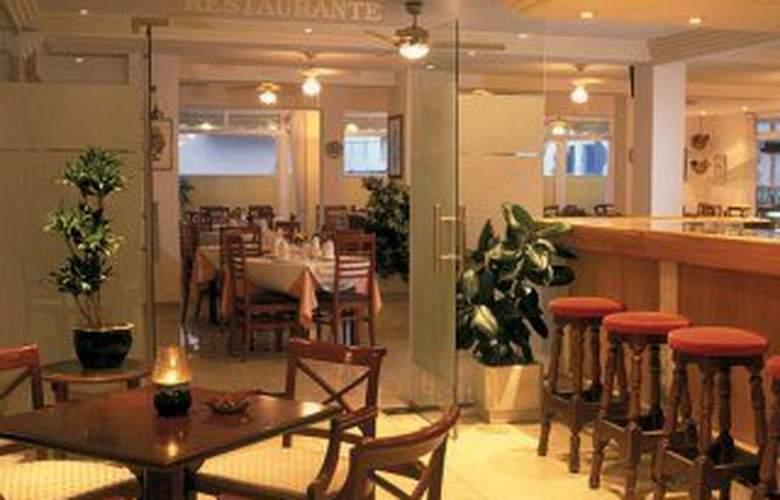 Amoros Hotel - Bar - 0