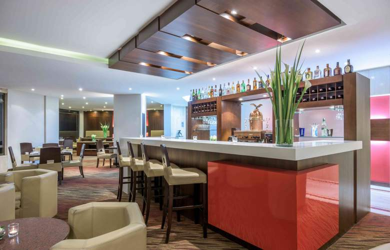 NH Collection Bogotá Hacienda Royal - Bar - 3