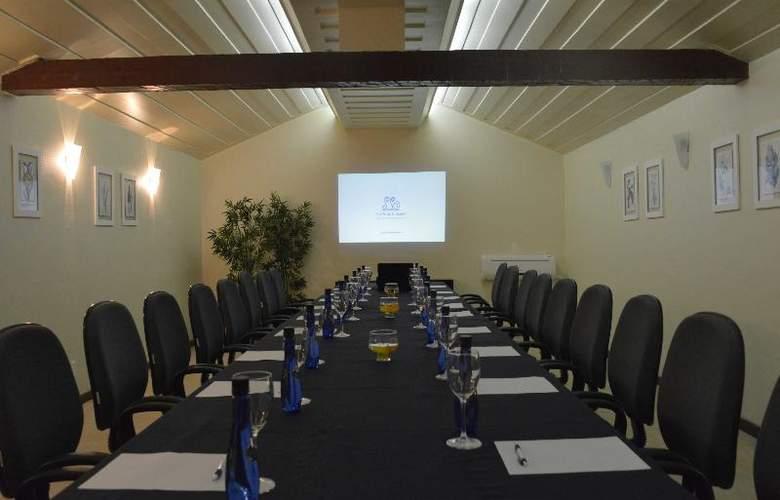 Le Relais La Borie - Conference - 17