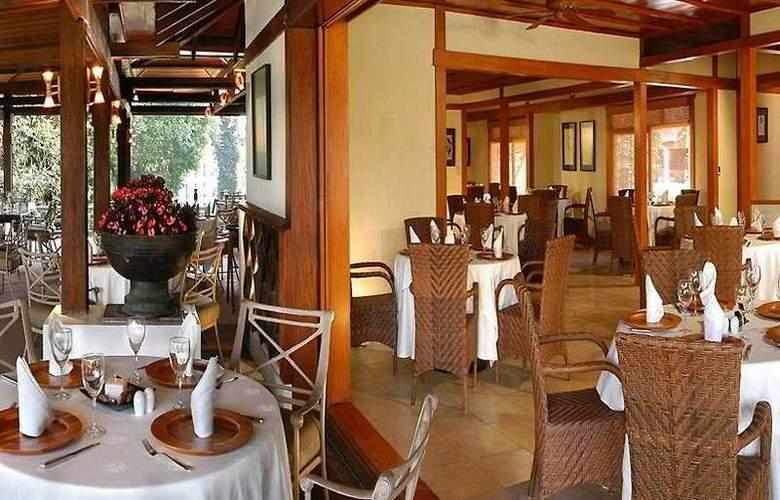Camino Real Sumiya - Restaurant - 6