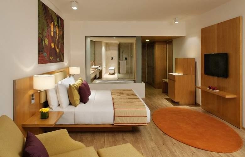 Radisson Blu Plaza Hotel Hyderabad Banjara Hills - Room - 1