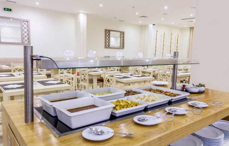 Santa Eulália Hotel Apartamento & Spa - Restaurant - 21
