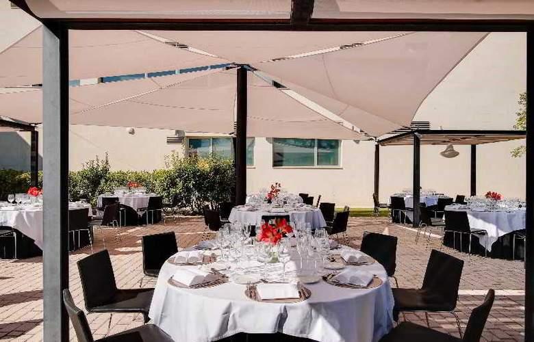 Rafaelhoteles Forum Alcala - Terrace - 51