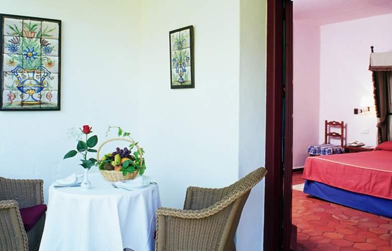 Parador de Albacete - Room - 6