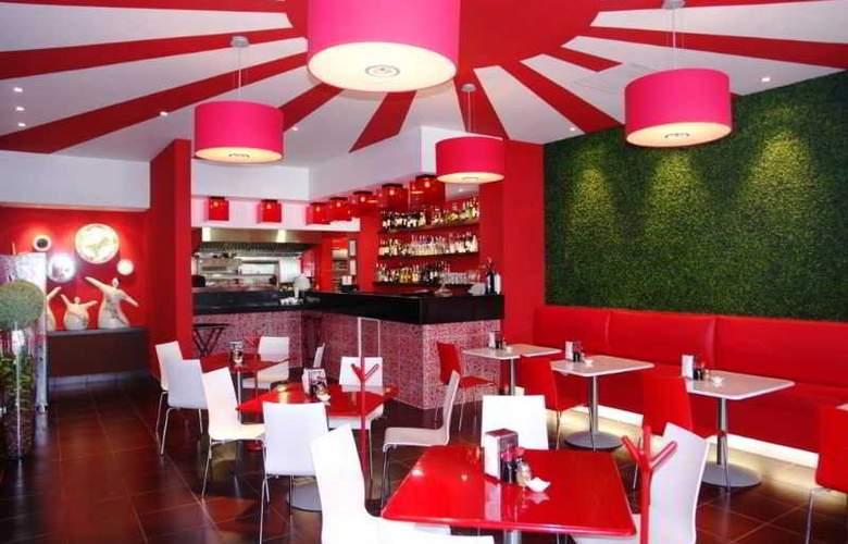 Marina Fiesta Resort & Spa All Inclusive - Restaurant - 19