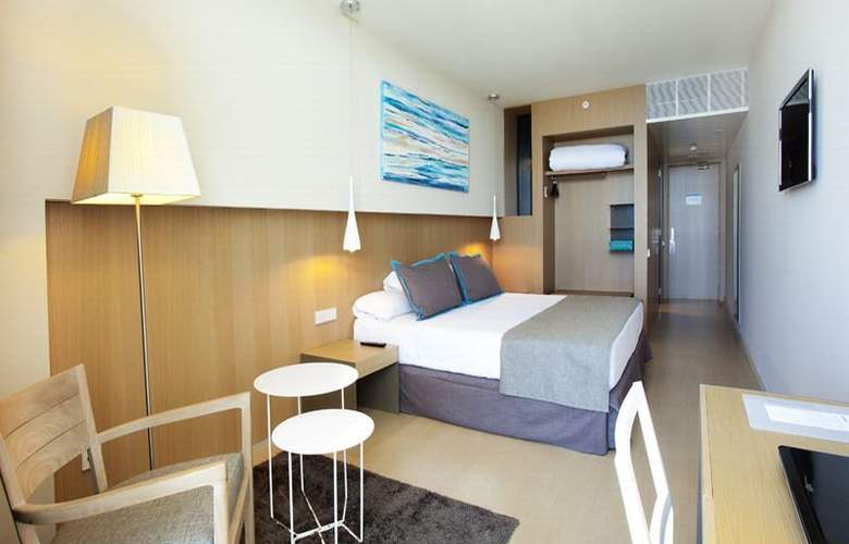 Atenea Port Barcelona Mataro - Room - 5