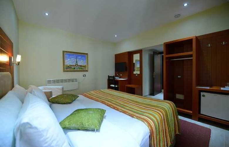 City Tirana - Room - 9