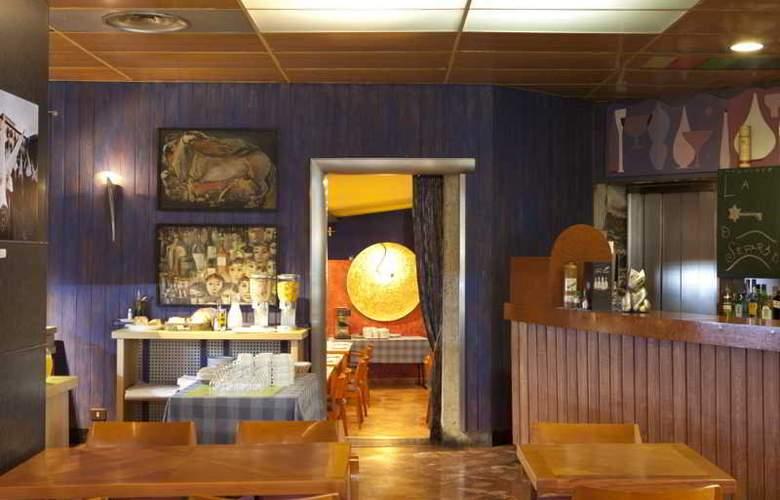 Quindos - Restaurant - 26