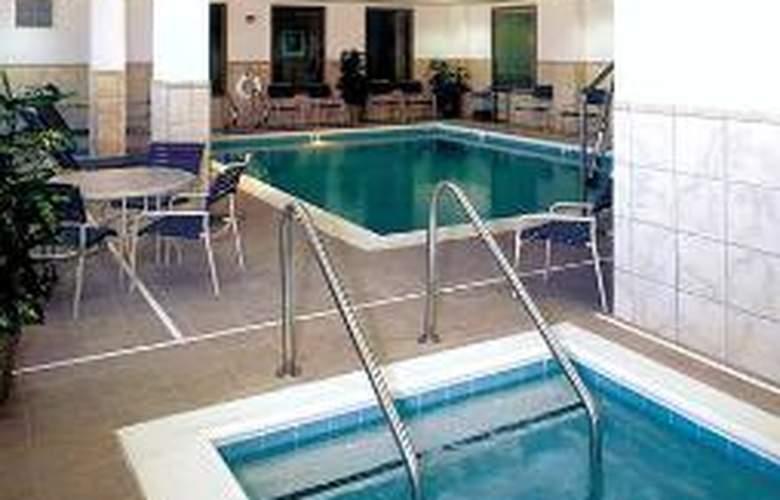 Hampton Inn & Suites Lathrop - Sport - 1