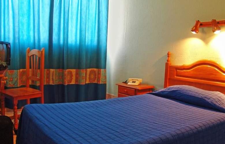 Residencia Cardona - Room - 2