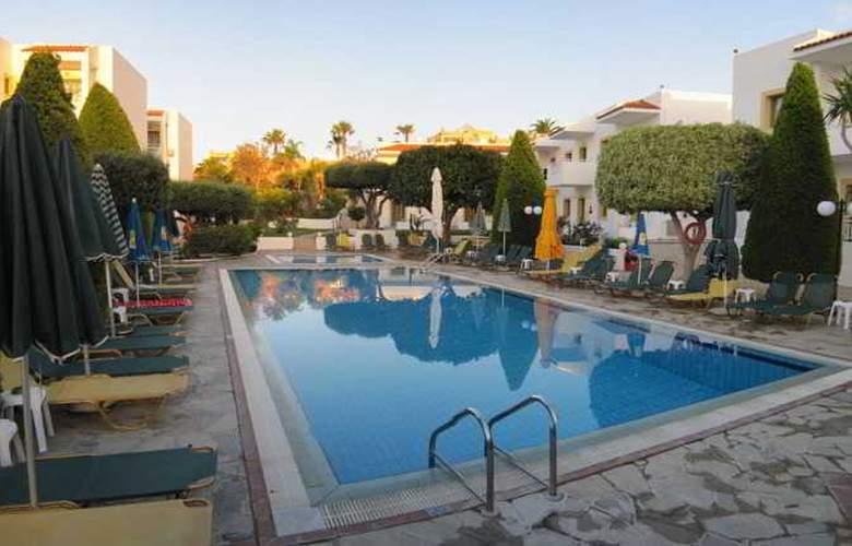 Nikolas Villas - Pool - 2
