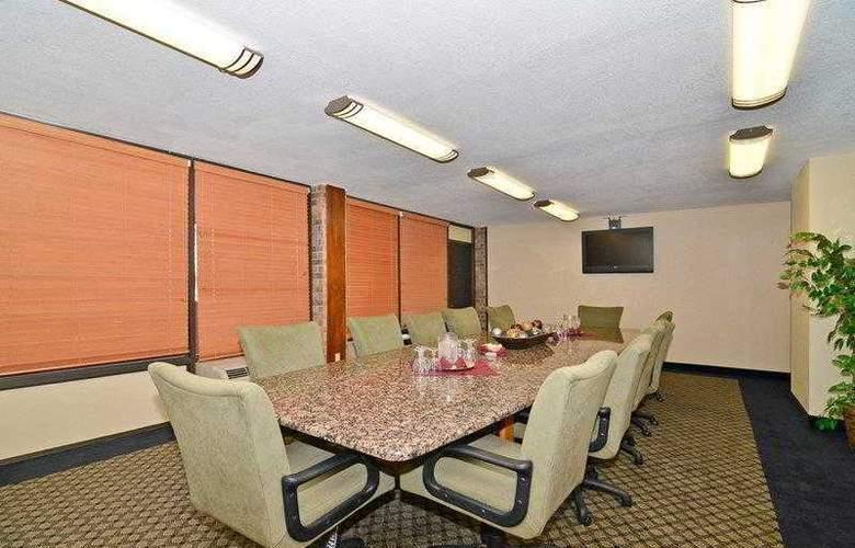 Best Western Saddleback Inn & Conference Center - Hotel - 4