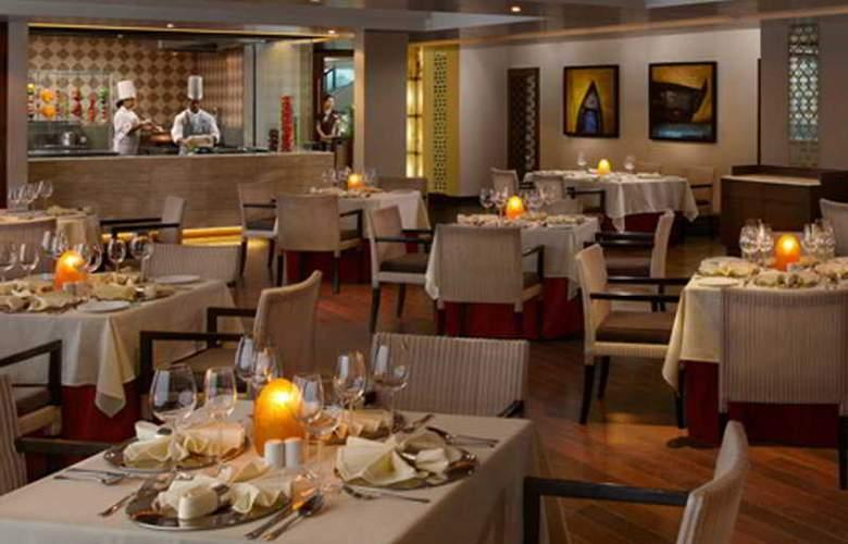 Kenilworth Beach Resort - Restaurant - 8