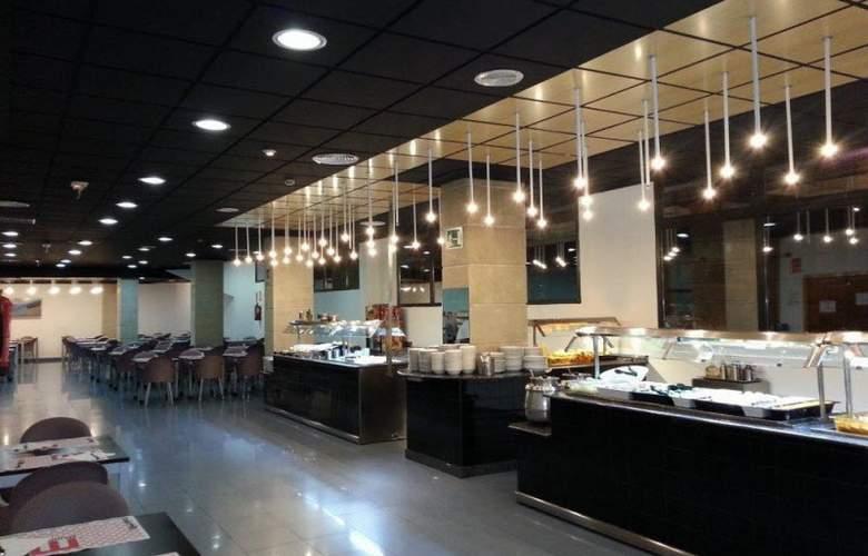 Olympus - Restaurant - 5