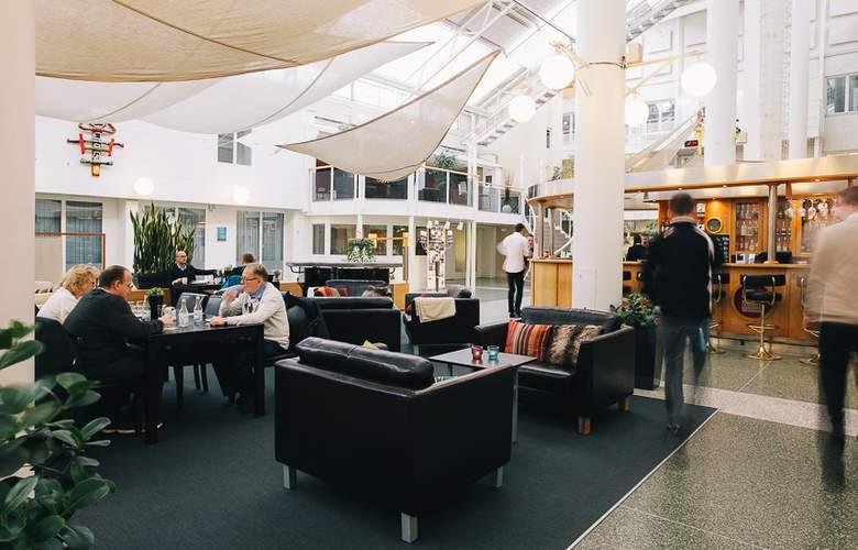Quality Hotel Vasteras - Bar - 2