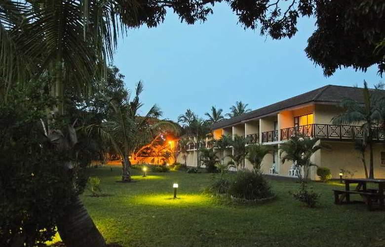 Elephant Lake Hotel - Hotel - 4