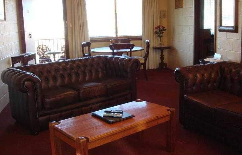 Grosvenor Court Apartments - Room - 8