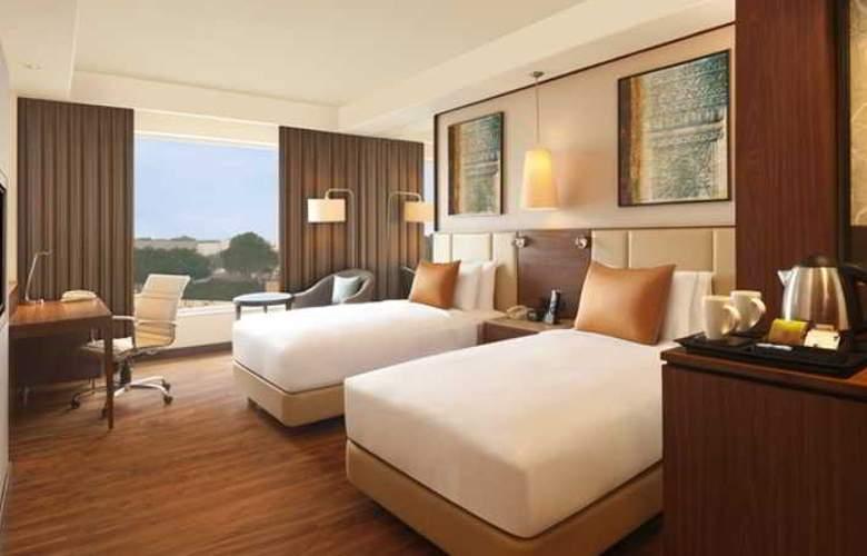 DoubleTree by Hilton Agra - Room - 9