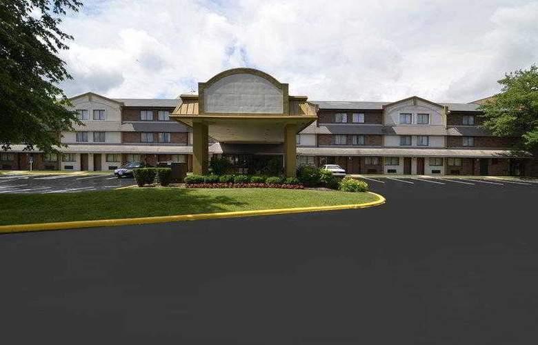 Best Western Naperville Inn - Hotel - 1