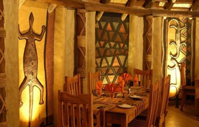 Greenway Woods Resort - Restaurant - 36