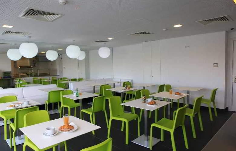 3K Faro Aeroporto - Restaurant - 11