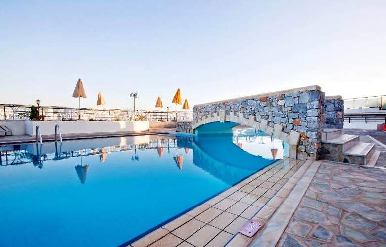 Dedalos Beach Hotel - Pool - 3