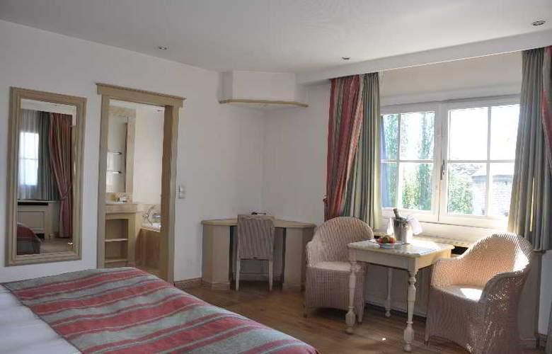 Sandton Hotel Broel - Room - 6