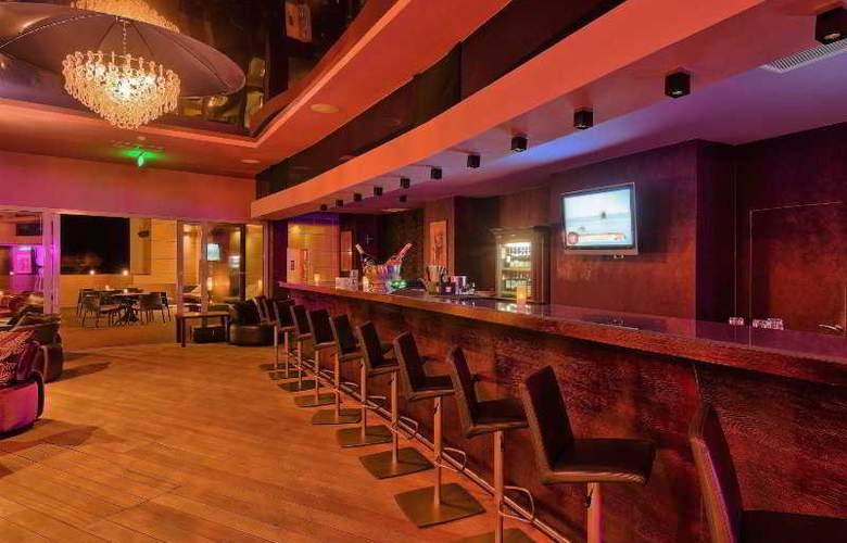 Vega Hotel - Bar - 2