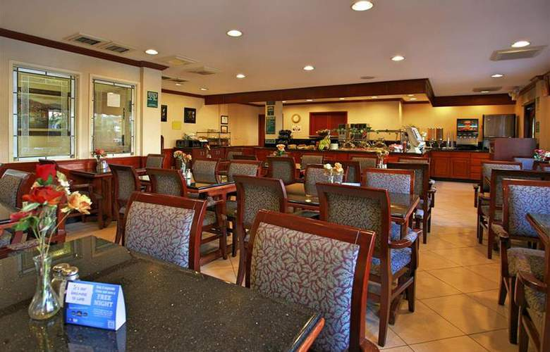 Best Western Plus Orange County Airport North - Restaurant - 83