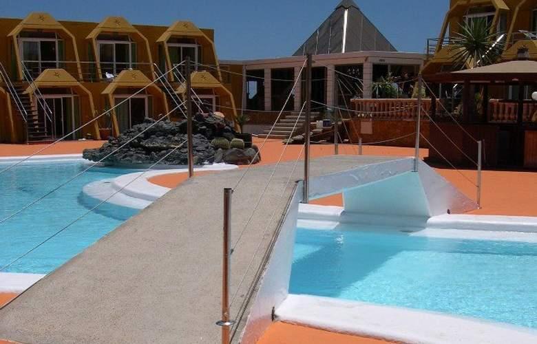 La Pirámide - Pool - 3