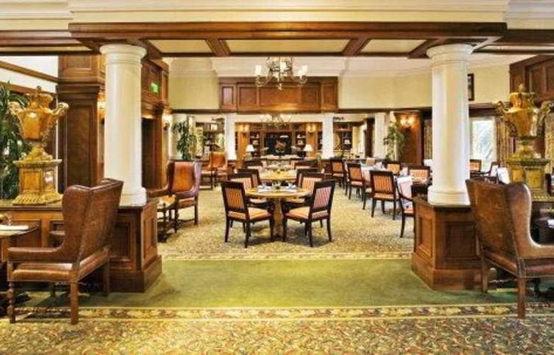 Ritz Carlton Grand Lakes - Restaurant - 10