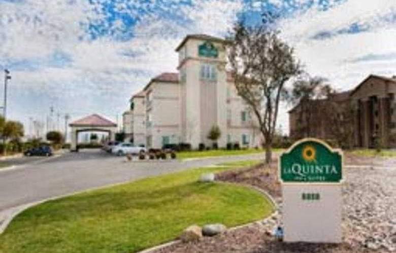 La Quinta Bakersfield North - Hotel - 0