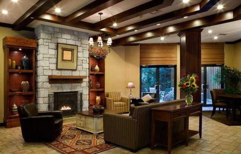 Delta Whistler Village Suites - General - 5