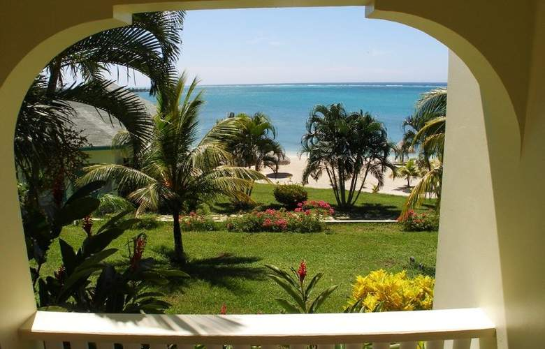 Turquoise Bay Resort - Terrace - 3